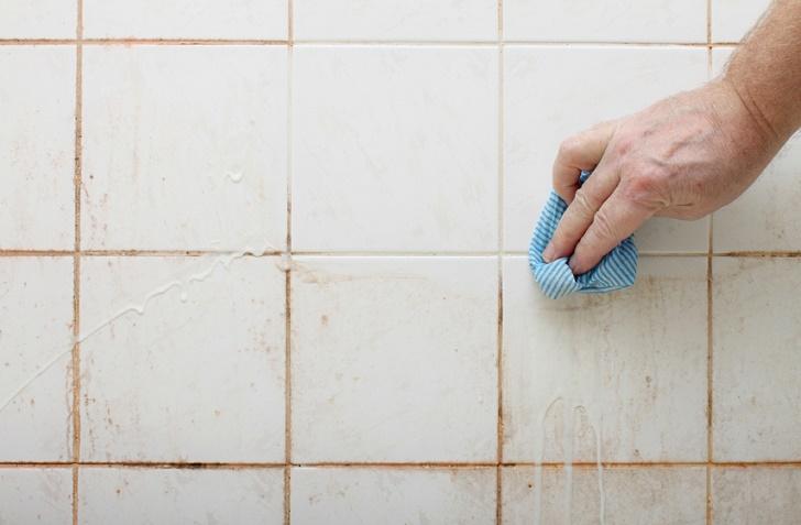 bäst metod för att rengöra badrumsfogar fritt från kalk och smuts